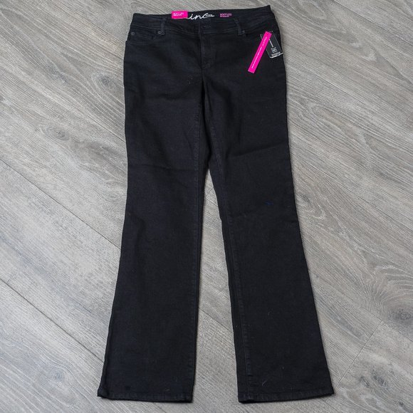 NWT INC black jeans - boot cut - sz 10